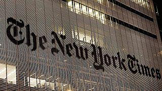 """New York Times'ta """"Türkiye'de aydınlar nasıl tasfiye edildi"""" haberi"""