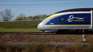 أحد القطارات فائقة السرعة التي تسيرها شركة يوروستار