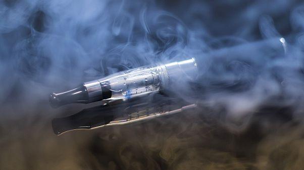 هشدار سازمان جهانی بهداشت در مورد مضرات سیگار الکترونیک