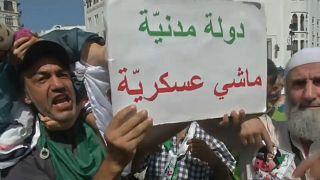 Algeria: il popolo chiede democrazia