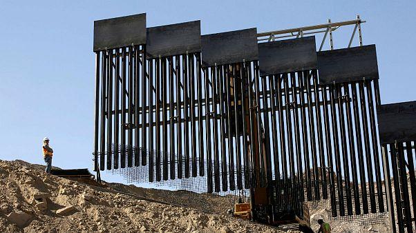 چراغ سبز دیوان عالی آمریکا برای ساخت دیوار مکزیک