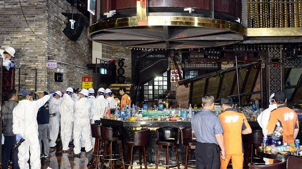Güney Kore'de gece kulübünün balkon katı çöktü: 2 ölü 17 yaralı