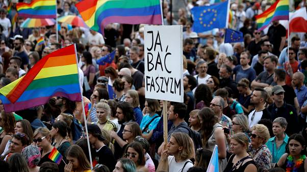 A Berlin ou Varsovie, la cause LGBT se fait entendre