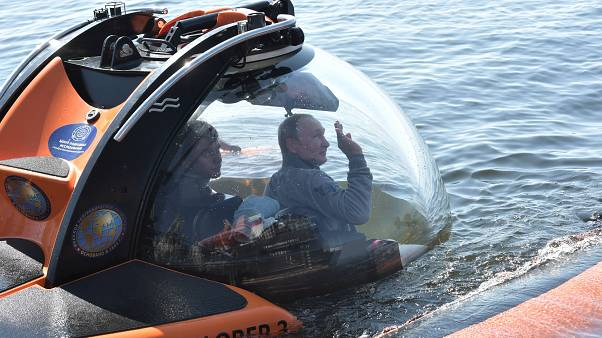 پوتین برای دیدن زیردریایی غرق شده شوروی به عمق خلیج فنلاند رفت