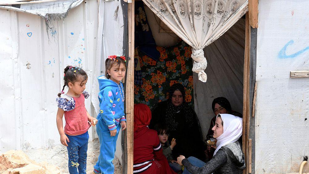 موظفو إغاثة: الحصار الروسي قلص عدد سكان مخيم الركبان في سوريا إلى الربع   Euronews