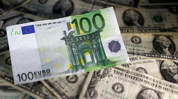 آشفتگی در نرخگذاری بانک مرکزی؛ گران فروشی یورو و ارزان فروشی دلار