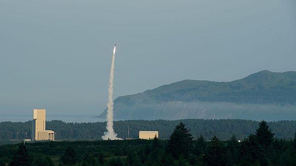 Ισραήλ: Επιτυχής δοκιμή του συστήματος αεράμυνας Arrow-3