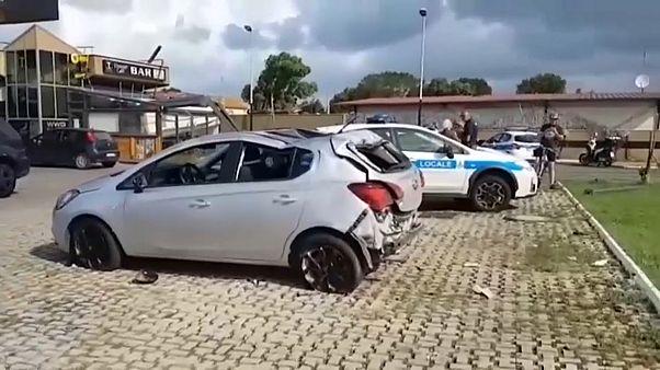 شاهد: حجم الدمار الذي خلفه اعصار ضرب بالقرب من روما وقتل امرأة