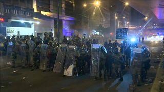 Erneut Ausschreitungen bei Demo in Hongkong