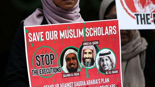 İdam cezasıyla yargılanan Suudi vaiz Salman al-Awdah'ın duruşması ertelendi