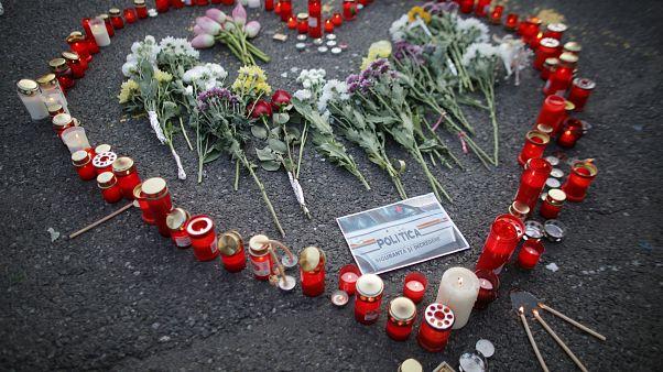 Roménia anula alterações no código penal após homicídios