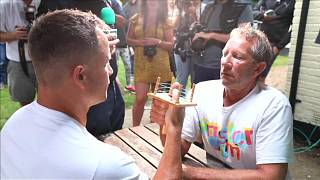 Watch: Contestants battle it out at the World Thumb War Championships
