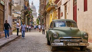 Komünist Küba'da Wi-Fi internet artık serbest, fiyatı dudak uçuklatıyor