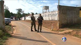 Brezilya'da bir hapishanede iki çete arasında çıkan kavgada 57 mahkum öldü