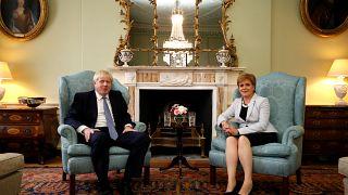 Boris Johnson in Scozia: accoglienza negativa