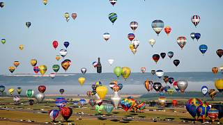 Balloon extravaganza in France misses out on world record