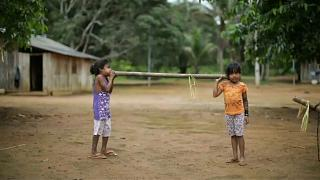 Bolsonaro niega el asesinato de un indígena