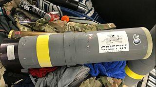 ABD'li yolcunun bavulundan 'hatıra' roketatar çıktı
