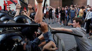 Участников протестов в Москве обвинили в беспорядках
