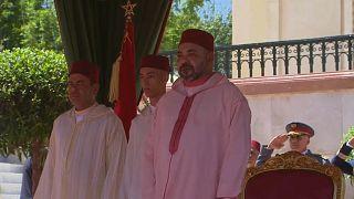 El rey Mohamed VI anuncia 'una nueva etapa' en Marruecos al cumplir veinte años en el trono