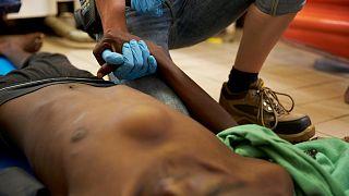 Los migrantes del Gregoretti sufren por las malas condiciones sanitarias a bordo