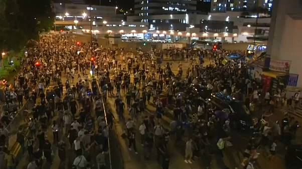 Nuovi scontri a Hong Kong dopo gli arresti per le proteste