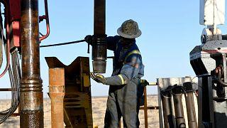 Fed'in faizleri düşüreceği beklentisi petrol fiyatlarını yükseltiyor
