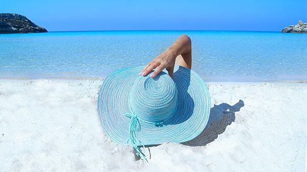 ۲۸ درصد اروپاییها در سال گذشته بضاعت مالی رفتن به تعطیلات را نداشتند