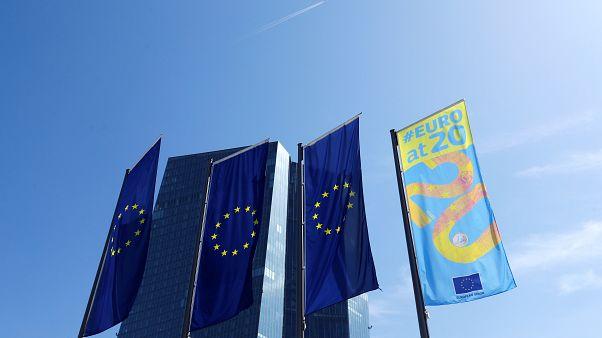 Wachstum, Inflation, Arbeitslose - von allem etwas weniger im Euroraum