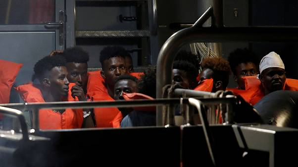 """""""Πράσινο φως"""" από την Ιταλία για αποβίβαση των μεταναστών από το πλοίο Γκρεγκορέτι"""