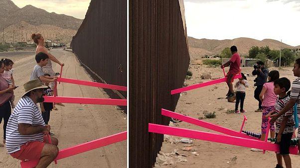 صورة للأراجيح من طرفي الحدود الأميركي والمكسيكي