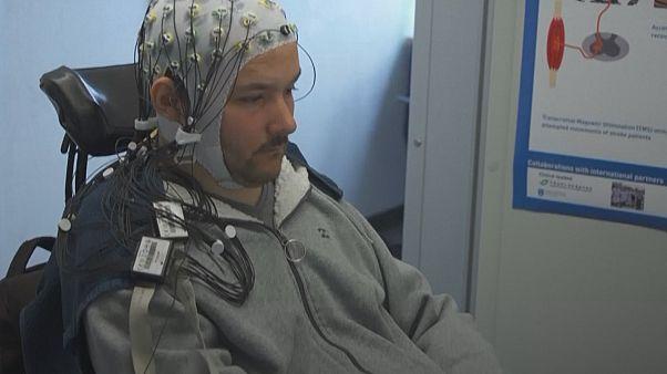Videojuegos movidos con la mente para personas discapacitadas