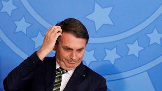 Brezilya lideri Bolsonaro Fransa Dışişleri Bakanı ile görüşmesini saç traşı gerekçesiyle erteledi