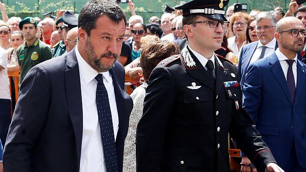 İtalya AB ülkeleriyle pazarlık sonrası denizde bekletilen mültecilere giriş izni verdi