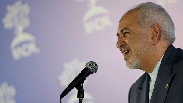 ظريف: أمريكا في عزلة وفشلت في تشكيل تحالف بالخليج وتريد حرمان إيران من حقوقها