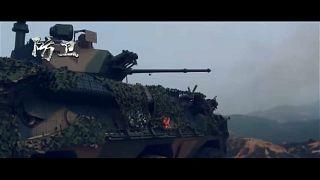Exército chinês avisa Hong Kong com imagens de guerra