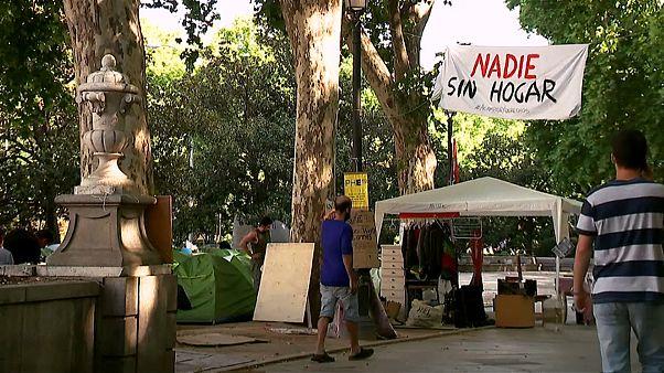 La batalla de los sin techo en el corazón turístico de Madrid