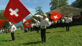 Schweizer Nationalfeiertag: Riesenfahne am Säntis