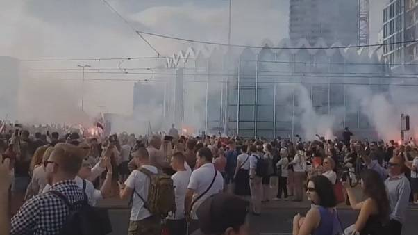 Watch: Poles commemorate Warsaw Uprising with minute's silence