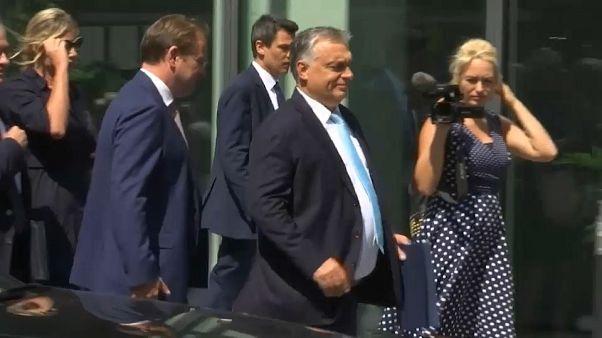 """Von der Leyen trifft Orbán in Brüssel: """"Gutes Gespräch"""""""