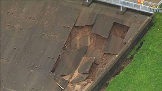 Vila de Inglaterra evacuada por risco de inundação