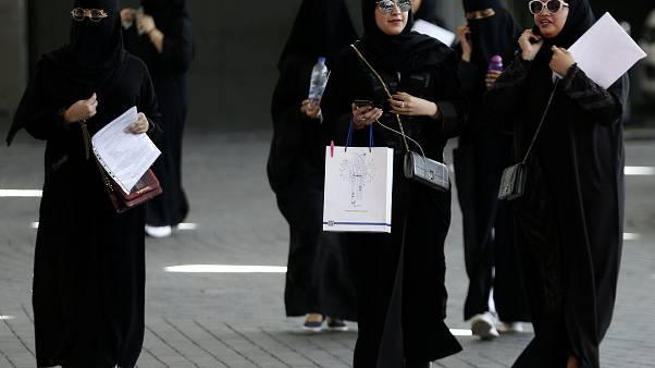 Saudi Arabia: Women will now be able to travel without permission of a man
