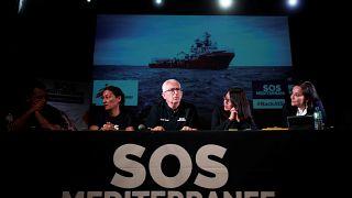 Ocean Viking et Open Arms : la longue attente des plus de 400 réfugiés