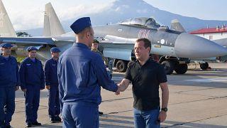 Поездка Медведева на Курилы вызвала протест Японии