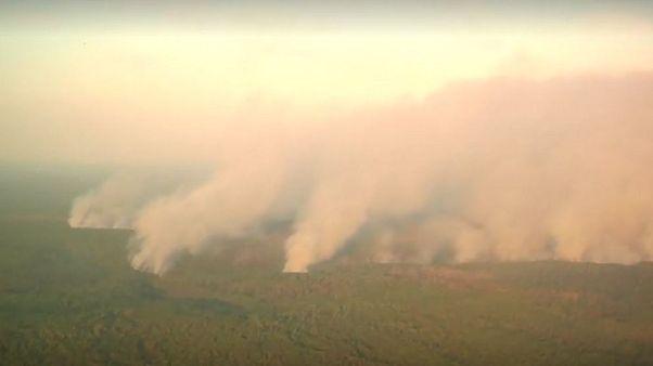 Φωτιές στη Σιβηρία: Βομβαρδίζουν τα σύννεφα για να φέρουν βροχή