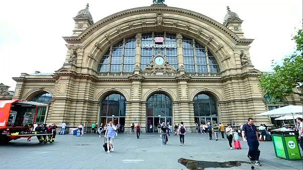 Sperrung des Frankfurter Hauptbahnhofs nach Polizeieinsatz beendet