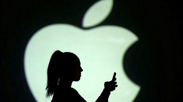 اپل دسترسی پیمانکاران تابعه خود را به مکالمات کاربران با سیری قطع کرد