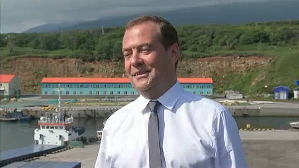 Visita de Medvedev às ilhas Curilas causa incómodo no Japão