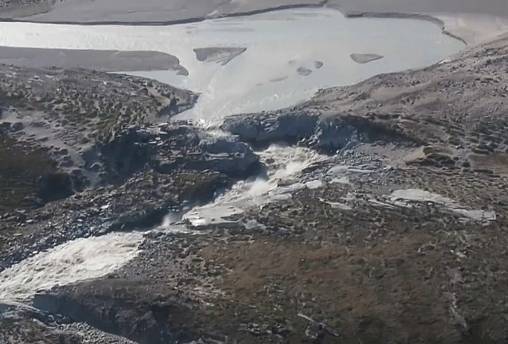 """Klima: Grönland """"schwitzt"""" Millionen Schwimmbäder ab"""