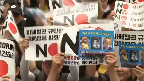 Hong Kong : manifestation et appel à la grève générale